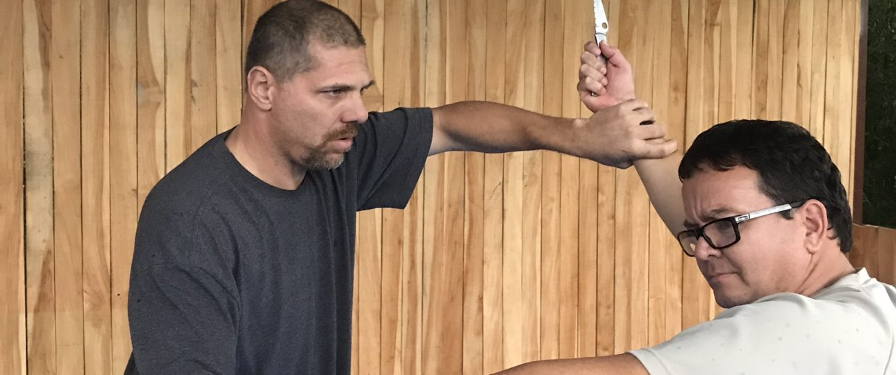knife fighting defense